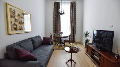 Marulićev trg 1 bedroom apartment 50m2