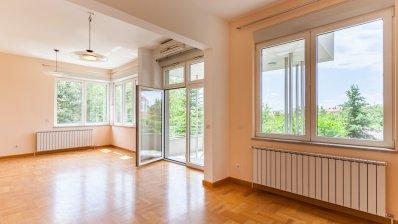 Pantovcak villa 320 m2