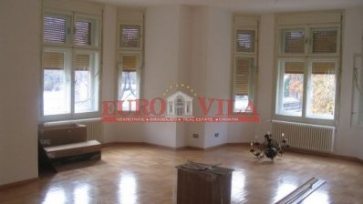 to rent, more rooms flat, zagreb, centar