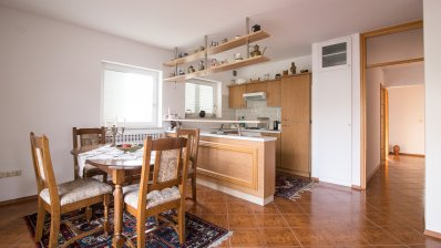 Remete, 2-bedroom apartment, 110 m2, for rent