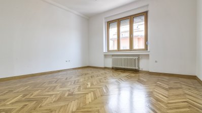 Trg Bana Jelačića office 155m2 for rent