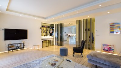 Zagreb center luxury 2 bedroom app lift and parking place