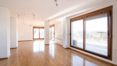 Vrbani, three bedroom penthouse on the 5th floor with garage