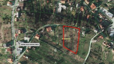 Bijeenis land plot with building permit for 600m2