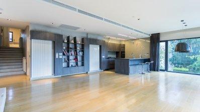 Pantovčak luxury 3 bedroom apartment