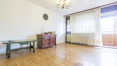 Bundek, Središće bautiful two bedrom apartment NKP 80 m2