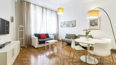Trg bana Jelačića, beautiful one bedroom apartment on the first floor