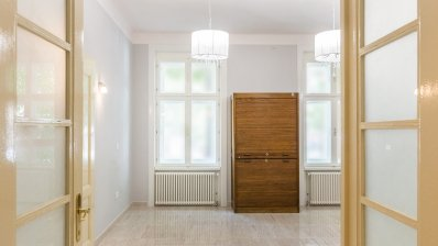 Centre renovated office 90m2