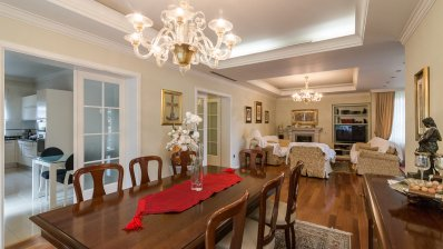 Gračani, luxurious family house with garage and yard in excellent location