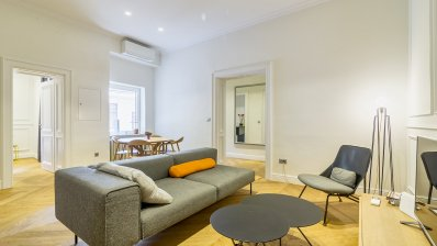 Jelacic Square superbly furnished two-bedroom apartment for rent