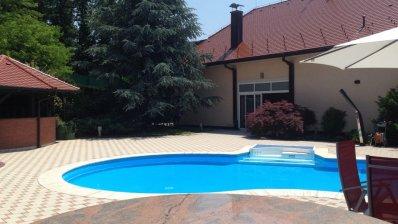 Maksimir villa 600m2 with swimming pool