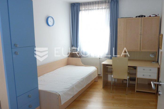 Tre Njevka Two Bedroom Apartment 69 M2